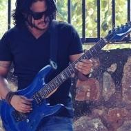 Rahul Guitar trainer in Delhi